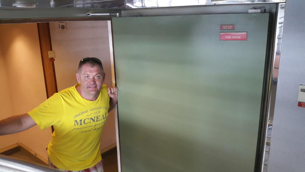 герм двері2